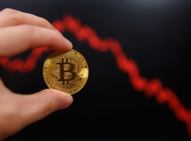 Bitcoin Drops Below $5k for the First Time in 13 Months as Crypto Market Bleed Out Continues