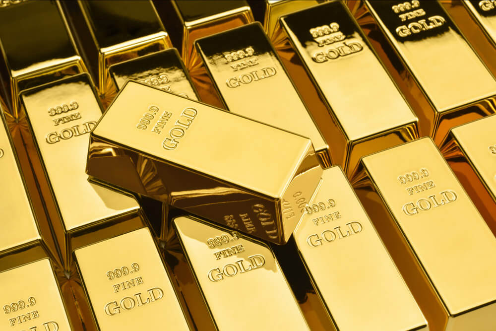 """Traders Revisit the Age-Old """"Bitcoin or Gold"""" Question"""