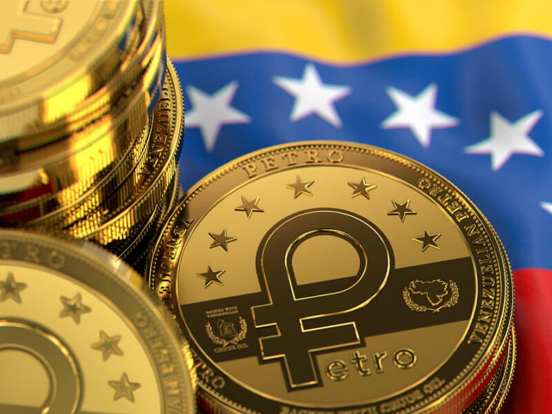 Venezuela: Government Enforces Payment for Passport with State-Backed Petro