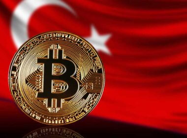 Turkish Citizens Flock to Bitcoin as Local Currency Plummets